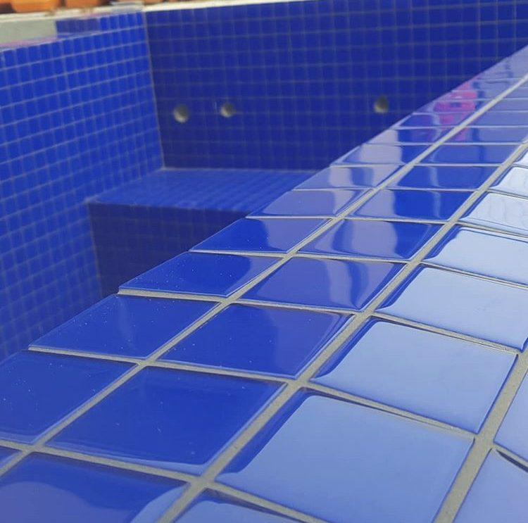 Aqua Tiles | Pool Tiles Melbourne | Glass Pool Tiles | Ceramic Pool Tiles